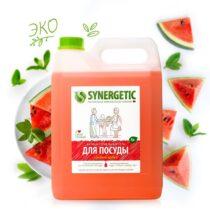 Synergetic-biorazlagaemoe-sredstvo-dlya-posudy-i-igrushek-sochnnyi-arbuz-5l